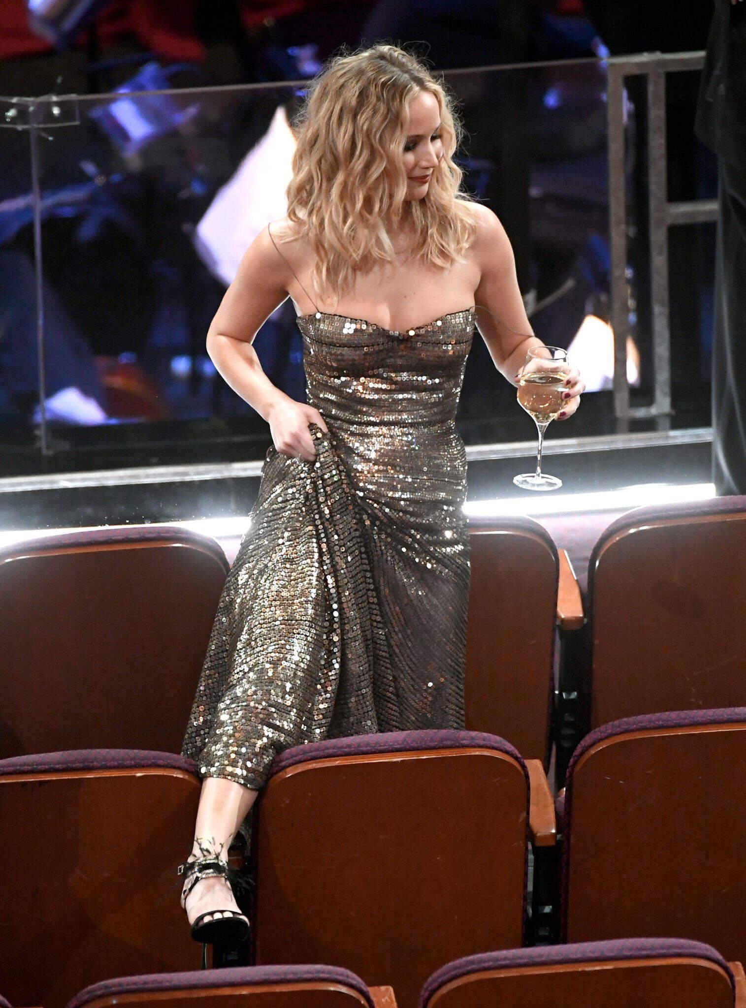 Jennifer During Oscars